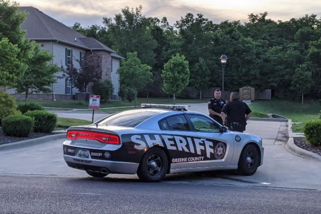 Man in custody after leading Greene Co. deputies on chase Thursday morning