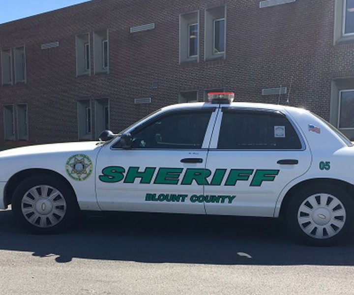 Driver, teen passenger in alleged stolen vehicle killed in Blount County chase